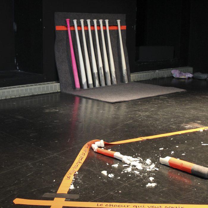 Installation scénographique pièce Chienne(s)